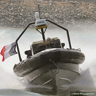 The Zodiac Hurricane MACH II (Military Air Channeled Hull II) was created by Zodiac Milpro to offer a high speed fully versatile boat that is at ease in all activities and all sea conditions. The patented MACH hull design reduces resistance and enhances directional stability for increased speed, fuel economy and safety.